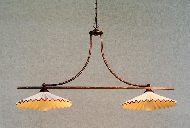 illuminazione cucina country: lampadario, luci secondarie - Lampadari Cucina Country